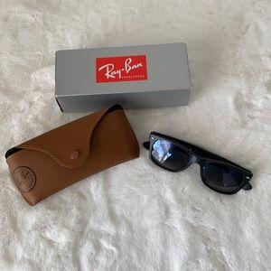 Ray Ban New Wayfarer 2132 Polarized Sunglasses